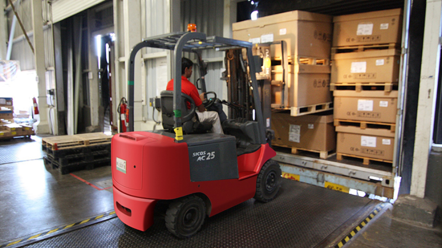 forklift lifting boxes