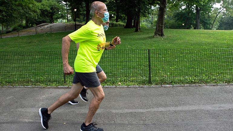 Maurcio Blandino running